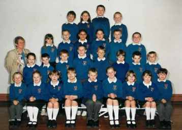 Mrs Franks' Class 2000/2001.
