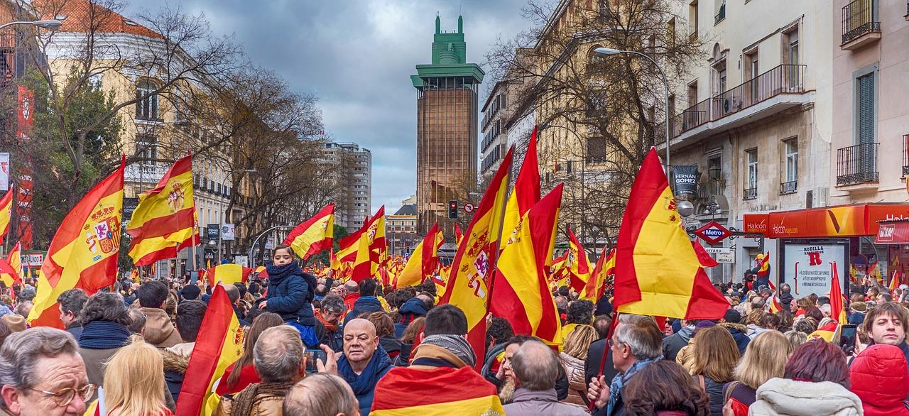 Manifestación por la unidad de España, autoritarismo. Fuente: Pixabay