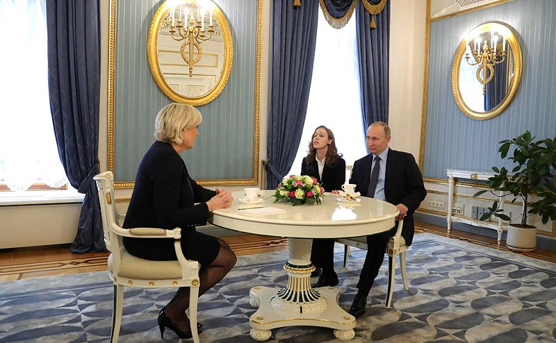Marine Le Pen and Vladimir Putin (2017-03-24) 02