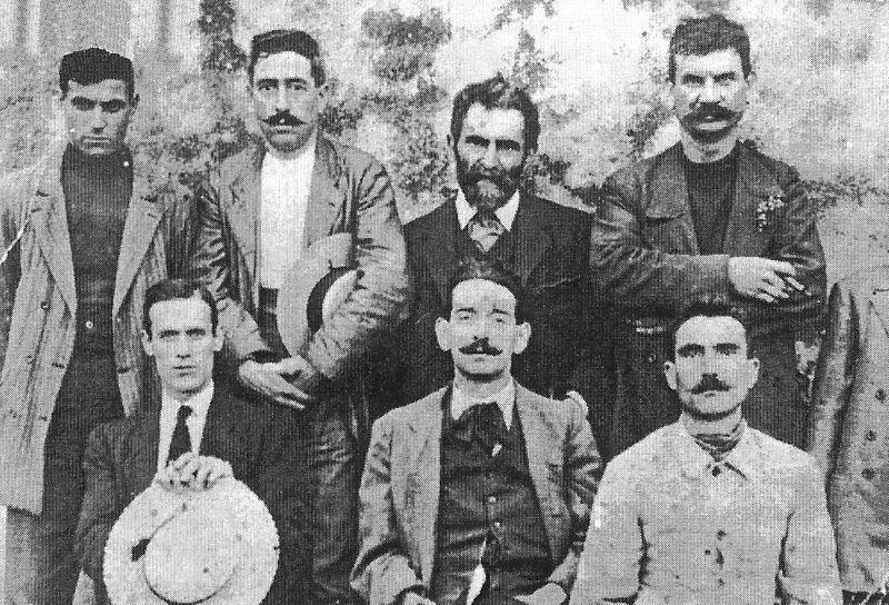 Fotografia Malatesta con los Arditi del Popolo. Autor: desconocido Fecha: desconocida Fuente: Wikimedia Commons. Dominio Público