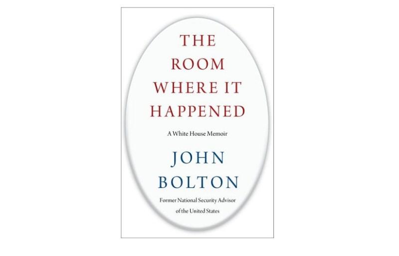 """Portada del libro """"The Room where it happened"""" de el exasesor John Bolton. Autor: Simon Schuster. Fuente: Wikipedia."""