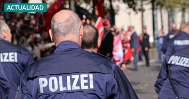 Alemania suspende a 29 policías por participar en chats nazis y compartir contenido antisemita