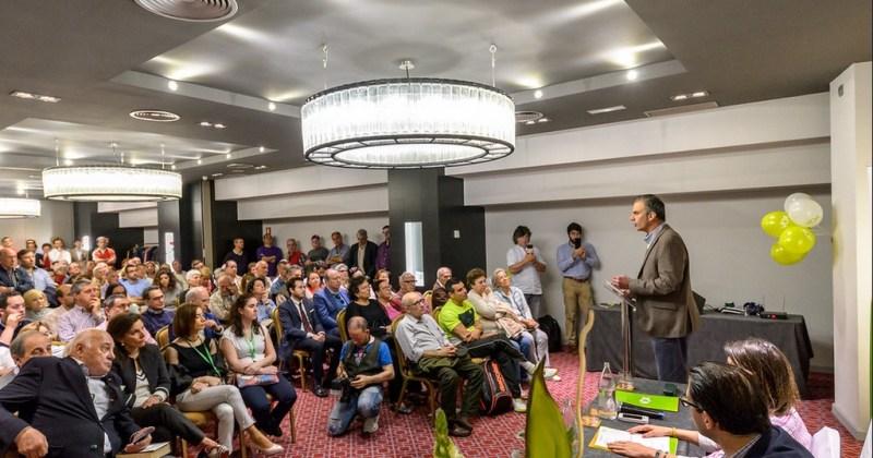 """Uso político de la justicia. Conferencia """"Defender a España desde los tribunales"""", impartida por Vox en Cantabria. Autor: Vox España, 24/4/2018. Fuente: Flickr."""