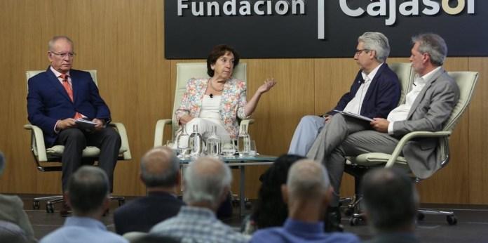 Mesa Redonda 'Noticias falsas: Mentiras y desinformación interesada' en Sevilla. Autor: Fundación Cajasol, 28/09/2018. Fuente: Flickr (CC BY-NC-ND 2.0.)