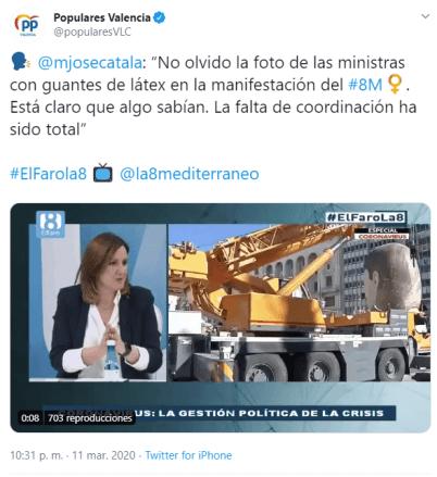 Tweet falso intentando increpar a la ministra por llevar guantes morados y relacionándolo con el coroanvirus. Autor: Autor: captura de pantalla hecha el 06/11/2020 a las 15:15. Fuente: Maldita.es