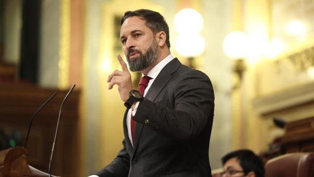 Santiago Abascal, líder de Vox, durante la defensa de la moción de censura contra Pedro Sánchez. Autor: Ignacio Escolar, 22/10/2020. Fuente: elDiario.es (CC BY-NC 2.0).