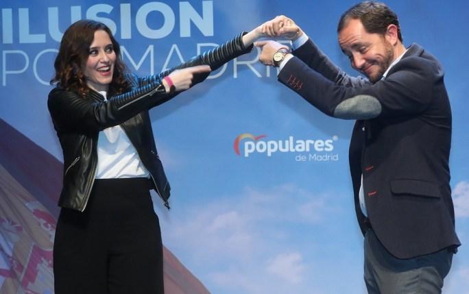 Isabel Díaz Ayuso acude a la localidad madrileña de Fuenlabrada y mantiene un encuentro con afiliados y simpatizantes del Partido Popular local. Autor: PP Comunidad de Madrid, 25/02/2019. Fuente: Flickr (CC BY 2.0.)