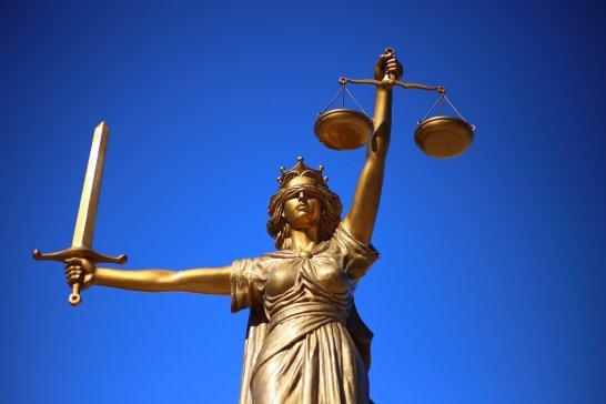 Símbolo de la justicia. Autor: WilliamCho, 12/02/2017. Fuente: Pixabay