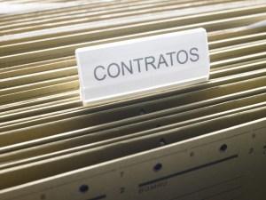Delibera el Tribunal Supremo sobre validez de contrato bajo la Ley de Municipios Autónomos