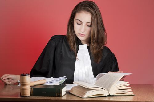 ¿Aprobaste la reválida? ¡Notariza gratuitamente tus documentos para juramentar ante el Tribunal Supremo!