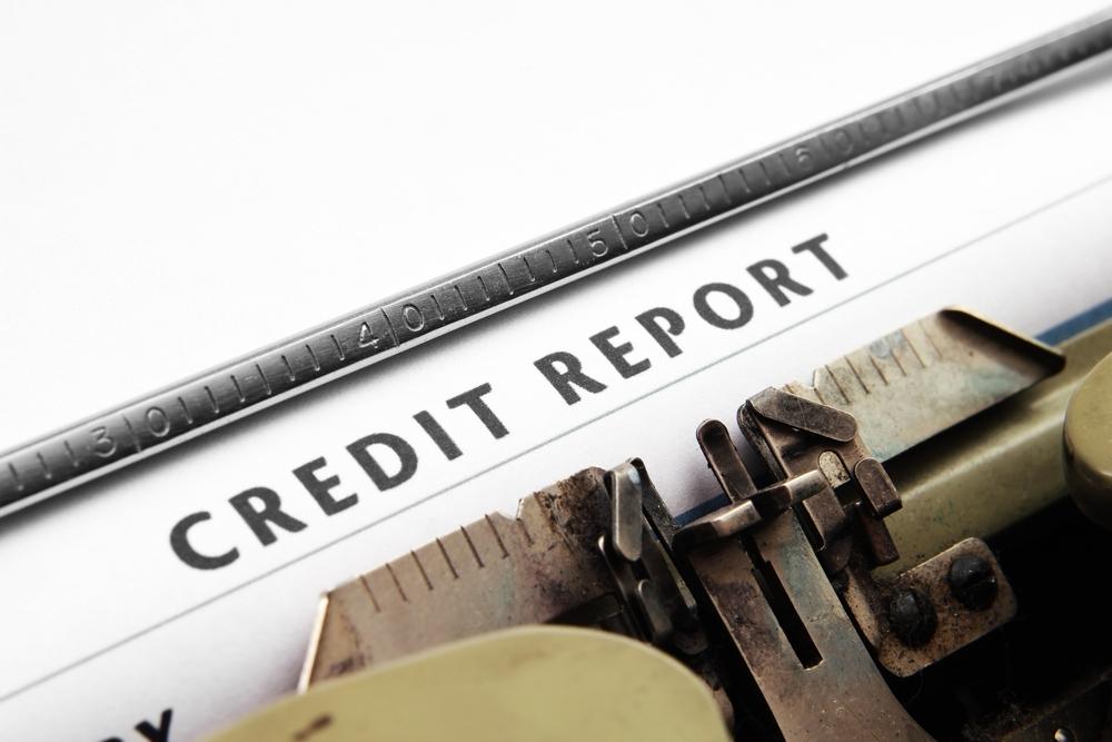 Cómo mantener tu informe de crédito bajo chequeo