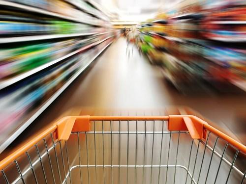 DACO anuncia proyecto para evaluar desempeño de supermercados