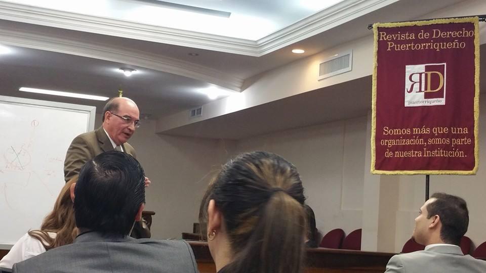 Harry Padilla realizó conferencia sobre publicidad en los casos criminales