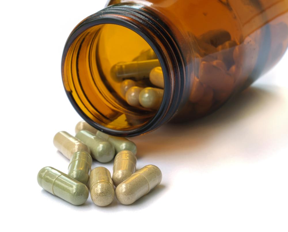 DACO investiga suplementos a base de hierbas en farmacias