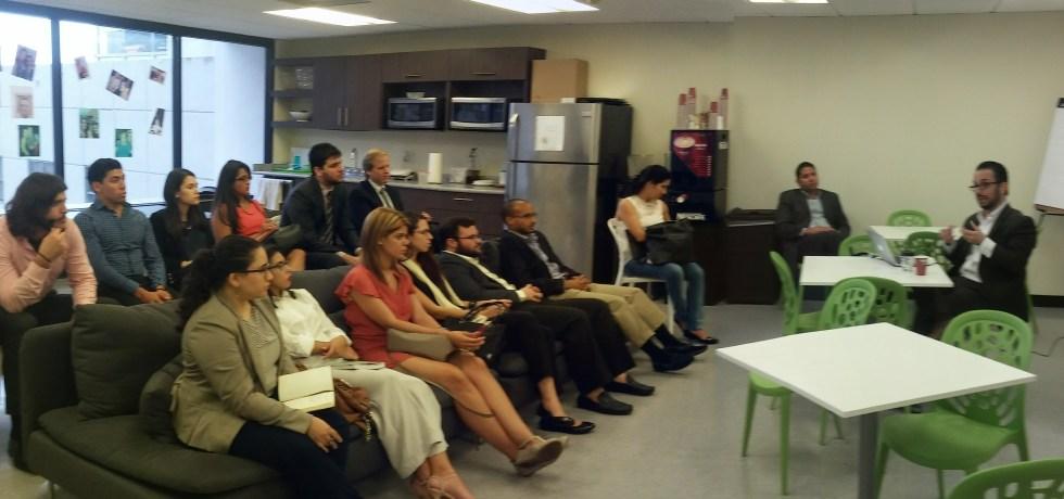 Estudiantes de Derecho UPR visitan Ferraiuoli LLC