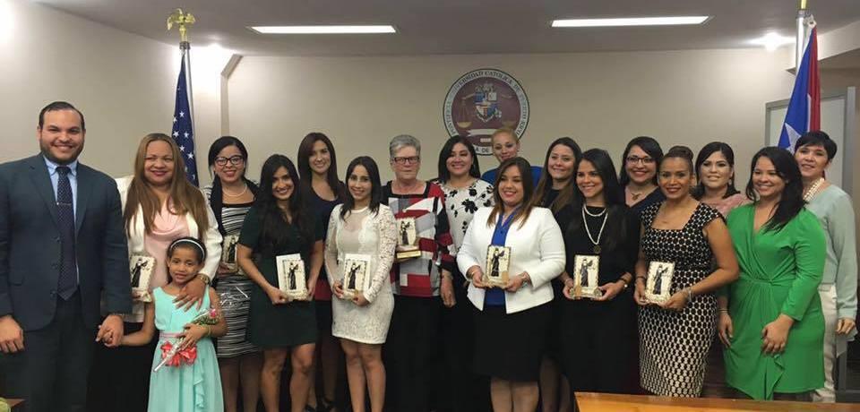 Reconocimiento a la mujer en Derecho PUCPR