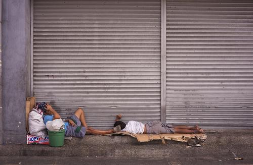Aprueban ley que limita las posesiones de las personas indigentes