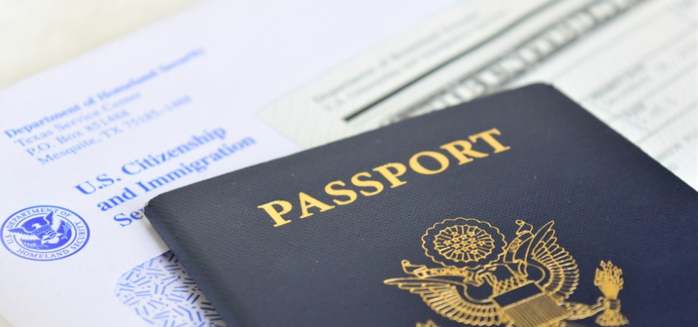 Supremo federal establece que mentirle a Inmigración no necesariamente justifica revocación de ciudadanía