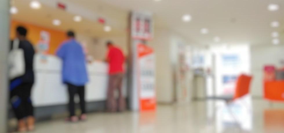 Comisionado de Instituciones Financieras informa sobre horarios de diversos bancos comerciales