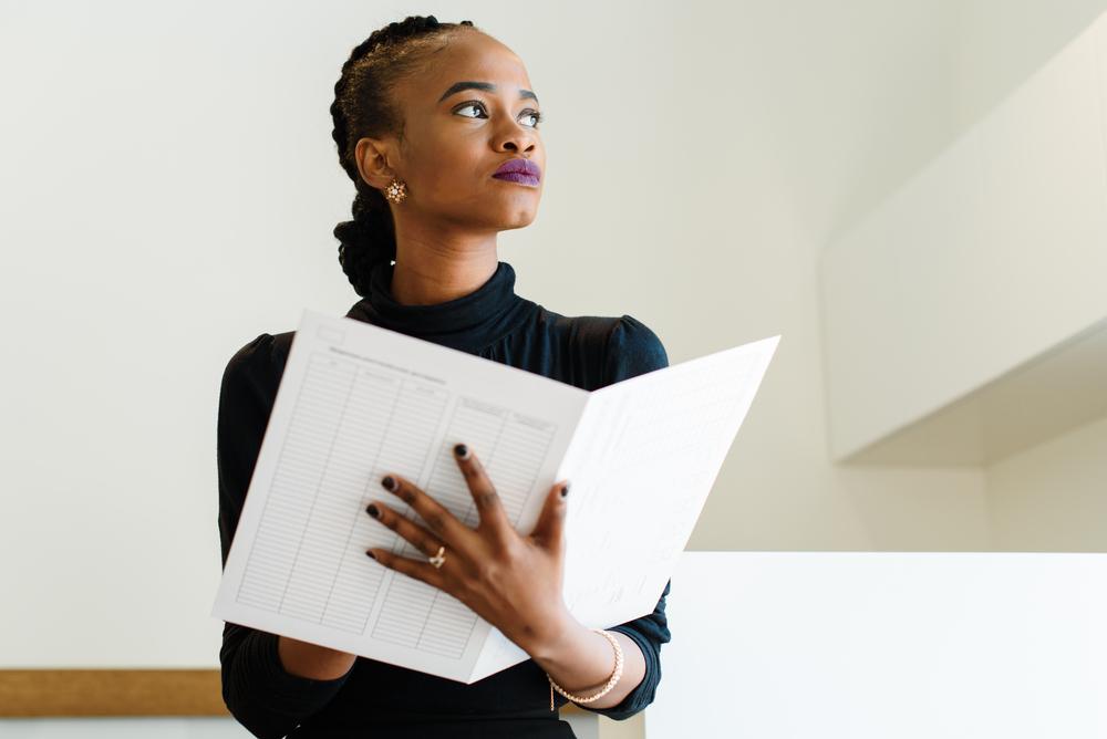 Firmada ley de estímulo de autogestión empresarial de mujeres en tecnología, innovación y exportación de servicios