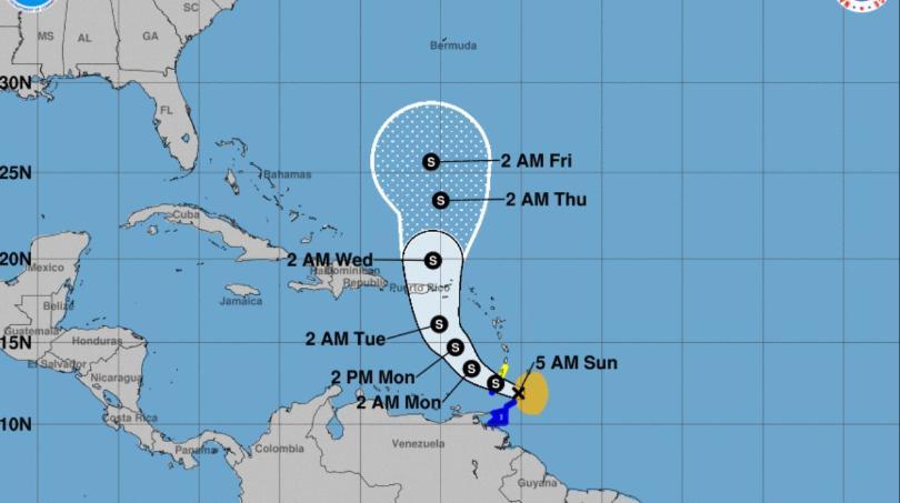 Tribunales suspenden operaciones por el paso de la tormenta tropical Karen