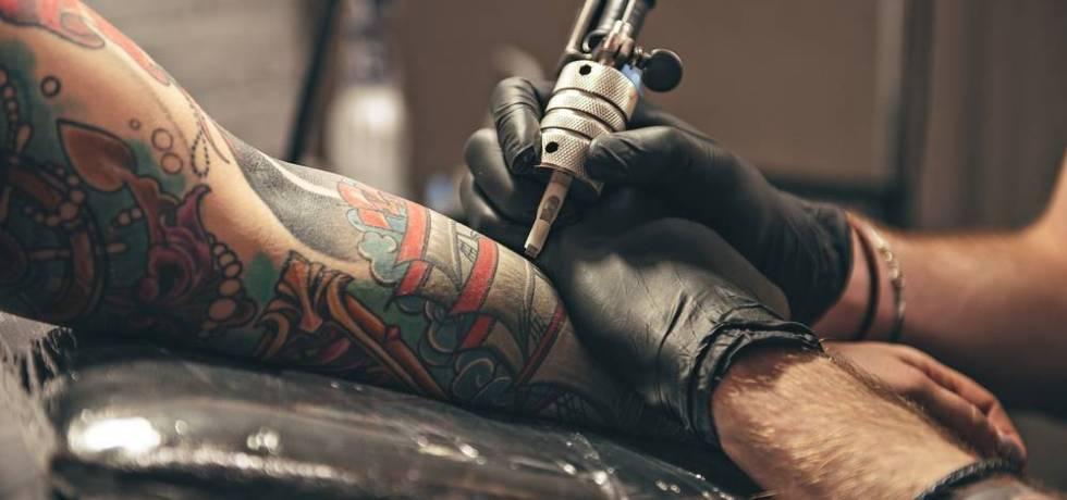 Derechos de un artista de tatuajes sobre sus obras una vez plasmadas en una persona