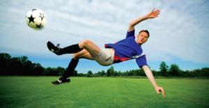 soccer-kick-midair-fall