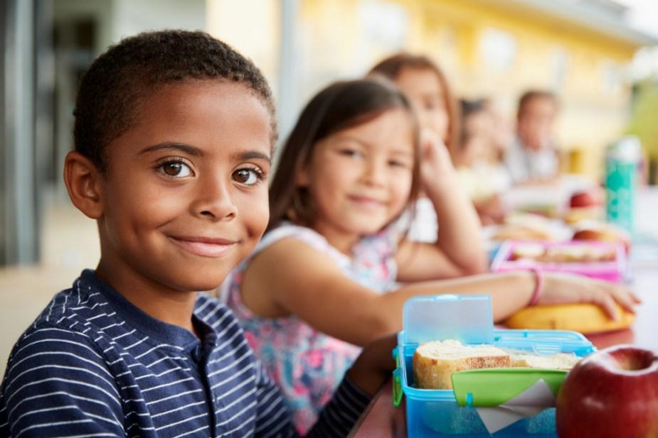 covid almuerzo educacional