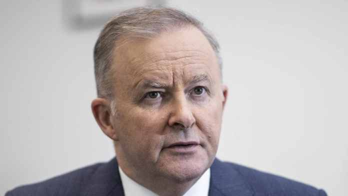 Labor to implement annual, sick leave for insecure jobs