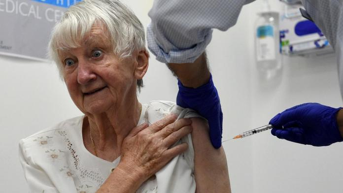 Anthony Albanese says aged care residents 'let down' by COVID-19 vaccine rollout | Alds