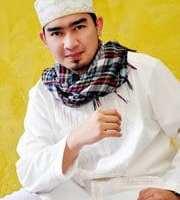 Biography Of Ustdaz Solmed