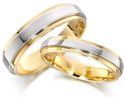 Mengapa Cincin Pernikahan Harus di Jari Manis