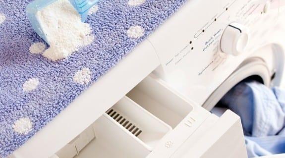 Cara Menjaga Pakaian Tetap Bersih dan Lembut