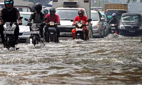 Banjir di Jakarta, Siapakah Yang Salah