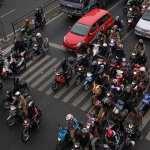 5 Perilaku Berkendara Sepeda Motor yang Paling Sering Kamu Temui