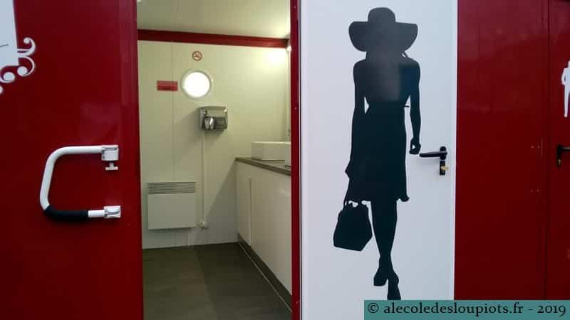 Libourne-toilettes publiques