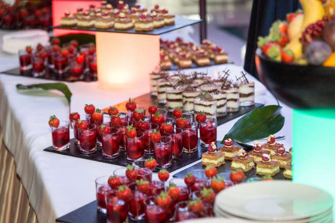 mini-dessert-buffet-after-party