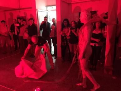 Performance EL JUEGO DE LA VIDA by Alejandro Londoño