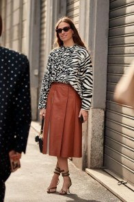 large_friday-fashion-fits-clashing-prints-and-how-to-style-it-fustany-ar-15~1