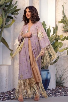 large_friday-fashion-fis-how-to-style-kaftan-with-clothes-in-ramadan-fustany-ar-11~1