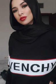 large_Fustany-hijab-fashion-best-hijab-material-and-wrap-for-summer-3~1