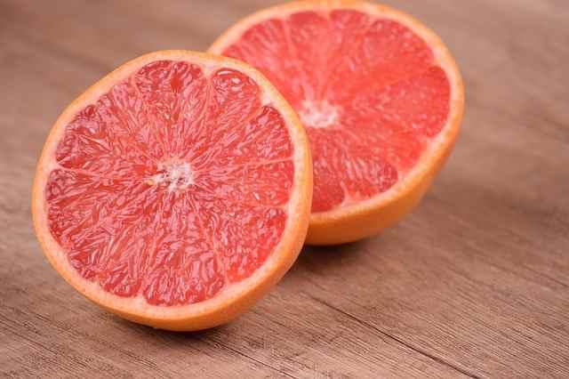 Грейпфруты нарушают работу цитохрома P45