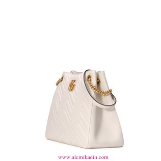 Gucci_CantaGG-Marmont-matelass-shoulder-bag-1