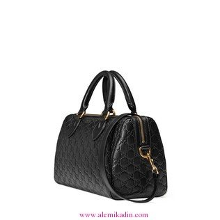 Gucci_Canta_Light-Soft-Gucci-Signature-top-handle-bag-1