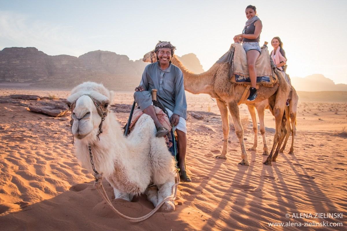 Kamelreiten im Wadi Rum