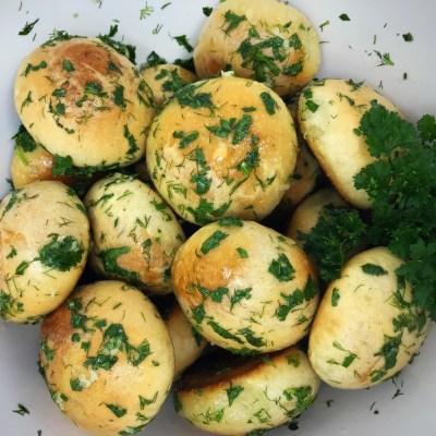 Garlic Dinner Rolls