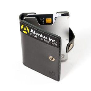 Skydda dina kort mot skimmning med ett snyggt skyddskort med din logotyp