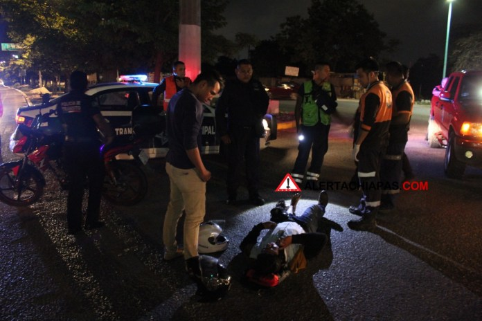 Colectivero huye tras atropellar a motociclista en el crucero de la Coca img 6281