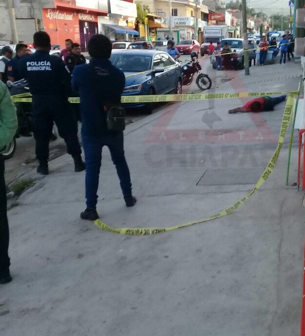 Hallan hombre muerto en la vía pública #Tuxtla img 1081