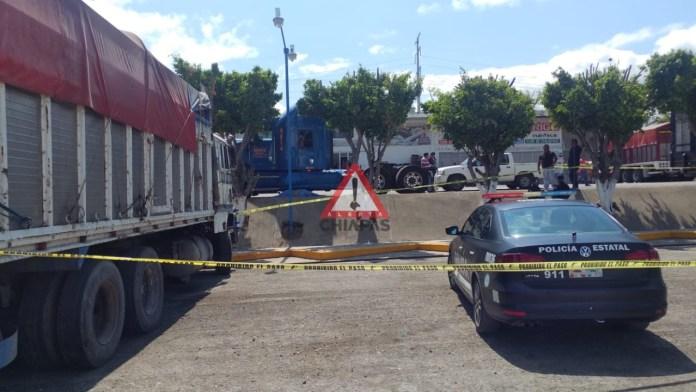Muere trailero en riña en la central de abastos de #Tuxtla img 0832